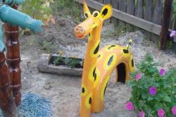 Жираф в качестве украшения для дачи