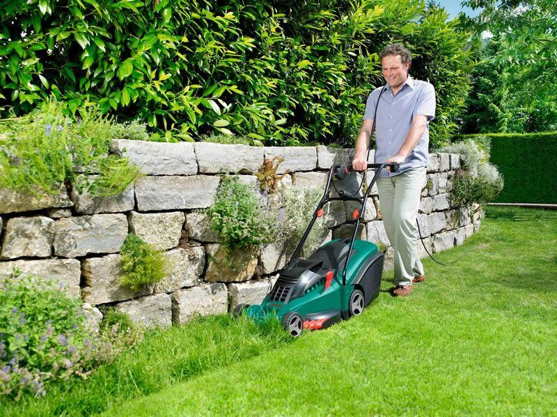 Выбрать подходящую газонокосилку