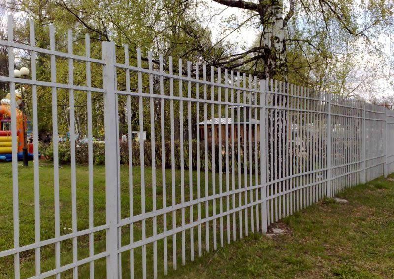 Забор и ограждение своими руками