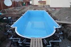 Готовый бетонный бассейн