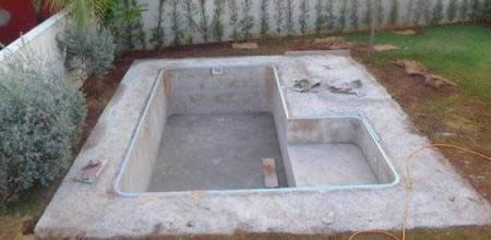 Бассейн на даче своими руками из бетона видео