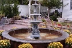 Насадка колонн на основание фонтана